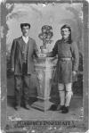 Ο Κωνσταντίνος Χαρικλείδης με την ευζωνική στολή. Φωτογραφία από το οικογενειακό αρχείο της Μάχης Καρούζη, Λευκωσία