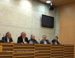 Φωτογραφία (του Κυριάκου Ανδρέου) από την παρουσίαση του βιβλίου του Γ. Σταματίου στο Τεχνολογικό Πανεπιστήμιο, στη Λεμεσό: Διακρίνονται από αριστερά: Ο βουλευτής Λεμεσού, Νίκος Νικολαΐδης, ο Π. Παπαπολυβίου, ο διευθυντής του Ιστορικού Αρχείου Λεμεσού, Μίμης Σοφοκλέους, ο αρχισυντάκτης του «Φιλελευθέρου», Κώστας Βενιζέλος και ο Γ. Σταματίου.